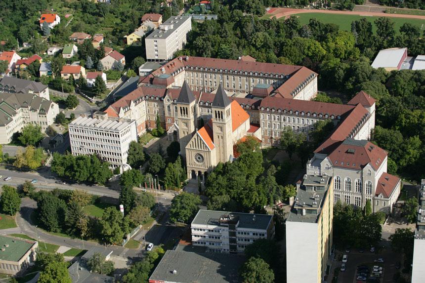 Universidad de Pécs